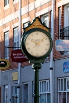 Almys Clock 2-Salem
