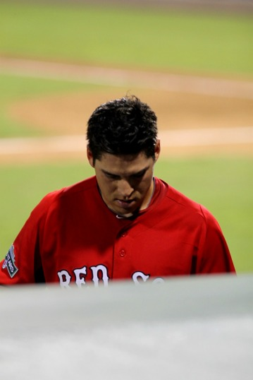 Jacoby Ellsbury back to the dugout2
