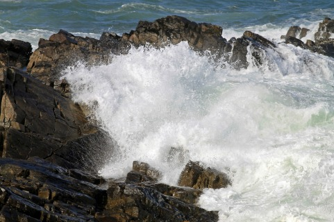 Breaking Waves 21-Marginal Way