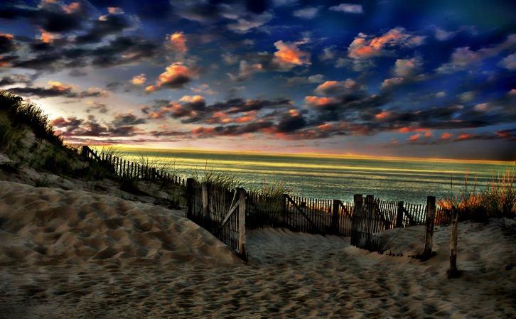 Path to Herring Cove Beach